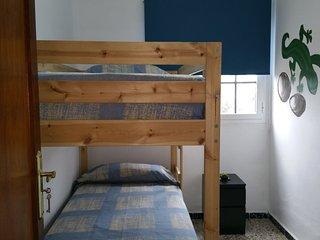 habitacion doble con litera en del pino hostel ,con vistas