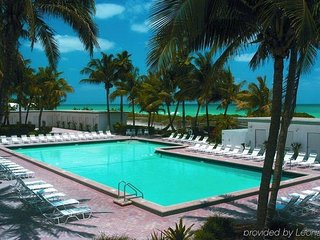 Miami Beach Ocean View Studio