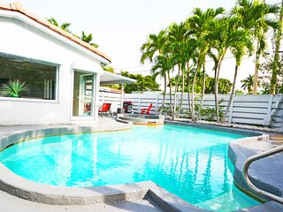 Remarkable Villa #1 with Pool minutes from stunning Hollywood Beach
