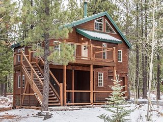 3BR, 2BA Truckee House Near 5-Star Tahoe Donner Facilities and Ski Resorts