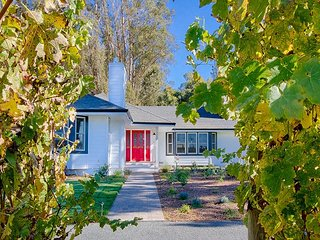 Luxury 4BR, 3BA Napa Home - 5-Acre Vineyard Plot w/Pool & Converted Barn