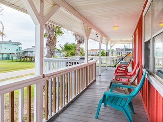 Cute getaway cottage near the beach!