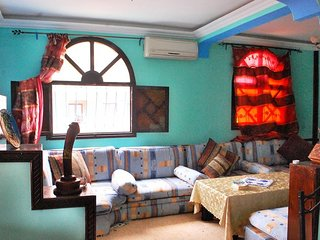 Near beach, large terrace, 2 bedrooms, WIFI, MA 2