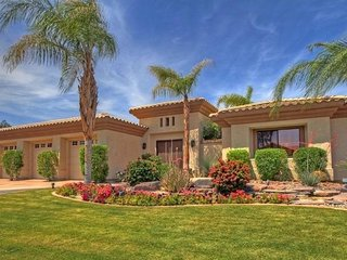 Palm Desert Vacation Home --Country Club, Gated Community