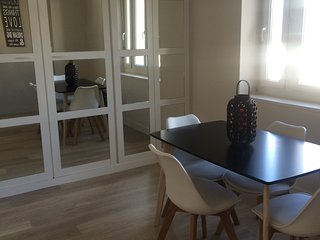 Duplex place Morny pour 6 personnes