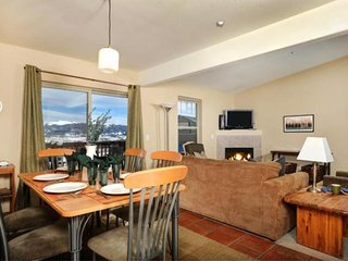 20% Off till 12/15-FREE FUN Package w/ Booking! Beautiful Condo w/ Breathtaking Views HOT TUB & Pool, Wildernest