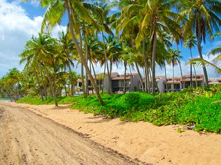 Tropical Paradise, Ocean View, Luxury Villa in Crescent Cove (CC65)