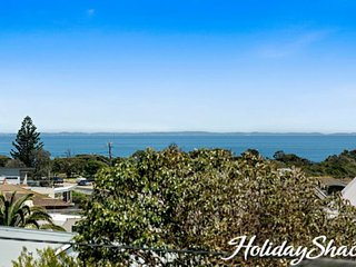 Beach Views at Mornington - Luxury Mornington Retreat