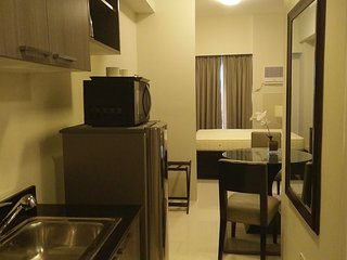 Fully Furnished Studio Unit 3 at The Currency Ortigas