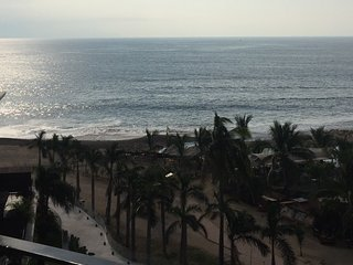 Brand new beachfront unit at Grand Venetian Puerto vallarta