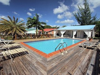 Villa Dusty, Antigua and Barbuda