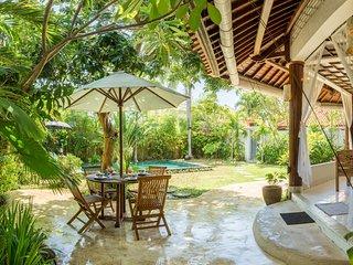 Wonderful, spacious villa private pool, Echo Beach, Canggu