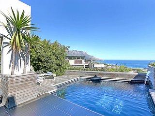 Villa Aqua, Sleeps 8, Cape Town