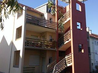 Appt 65m2, 2 ch, terrasse, lac et centre-ville