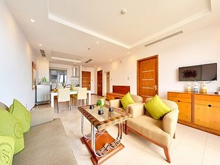 Deluxe 2 Bedrooms Apartment Near Danang Beach