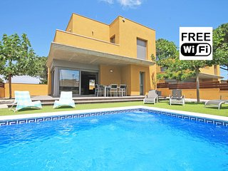 House with private swimming pool in L´Escala