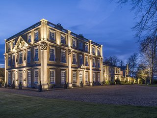 Hinwick House is a grand Grade I listed country house set in 38 acres parklands, Wellingborough
