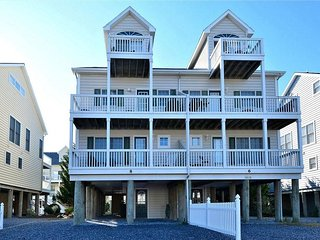Beautiful townhouse, just 200 yards from the dune., South Bethany