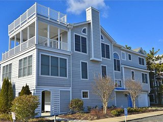 Terrific 6 bedroom ocean view home with elevator, Bethany Beach
