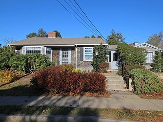 Great Three Bedroom Home in-town Edgartown