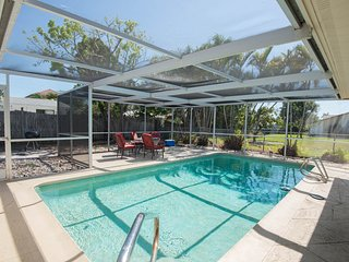 Isle of Capri Pool Home, Naples Florida, Napoli