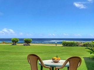 Pono Kai B109, Sunrise, Moonrise & Surf from this Oceanfront Condo, Kapaa