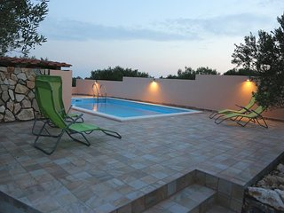 Holiday home 'ROSSI', Dalmatia - pool, privacy, comfort and peaceful surrounding