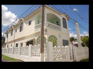 Aileen's Palm Cove, Ocho Rios