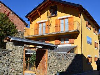 Casa de pueblo en Bolvir (La Cerdaña) para 12+6 pax. La Casa de Cal Janet Bolvir