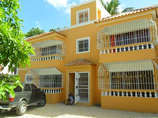 Residencial Darimar I 250Mt from the beach, Boca Chica