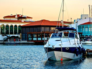Limassol Marina - 4 Berth Yacht - Prestigious Location - Living on the Sea