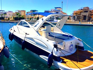 Limassol Marina 4 Berth Yacht - Exclusive Location - Living on the sea.