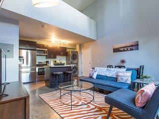 Furnished 1-Bedroom Loft at G St & Ninth Ave San Diego