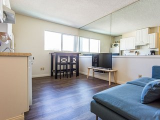 Furnished 1-Bedroom Apartment at Eads Ave & Silverado St San Diego