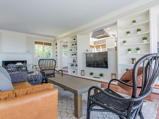 Furnished 3-Bedroom Apartment at Muirlands Dr & El Paso Real San Diego