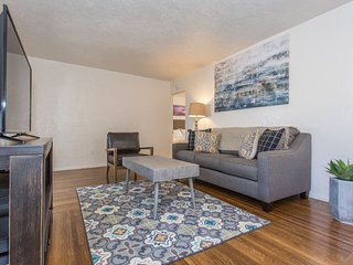 Furnished 1-Bedroom Apartment at Lincoln Ave & Hamilton St San Diego
