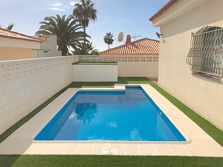 AMAZING VILLA 83, WITH PRIVATE POOL AND CAR INCLUDED !!