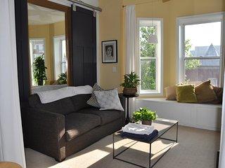 Exquisite Penthouse- 3BR/3.5 BA Roofdeck/s & METRO
