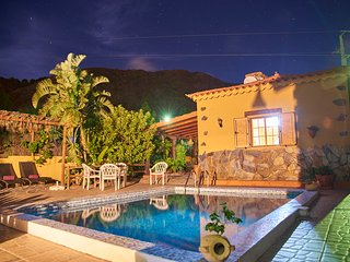 la almendra casa de campo con piscina privada, San Bartolome de Tirajana