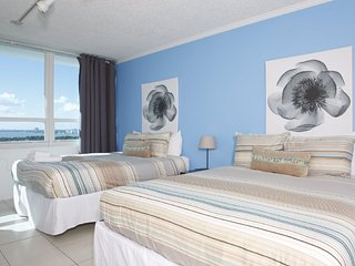 Collins Apartments by Design Suites Miami 1720