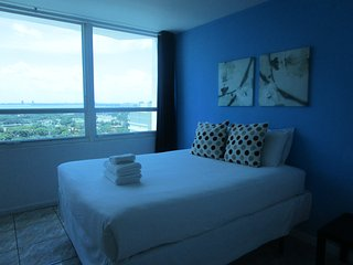 Collins Apartments by Design Suites Miami 1621