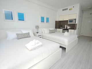 Design Suites Hollywood Beach 674