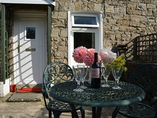26594 Cottage in Abergavenny, Gilwern