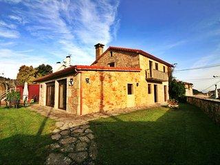 Re. 11446 Casa con piscina y vistas