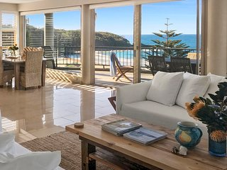 Gaze North Mollymook Luxury Beach House
