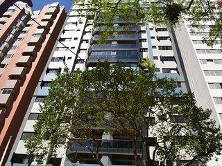 Apartamento Amplo, Arejado, no Bigorrilho/Champagnat, Curitiba