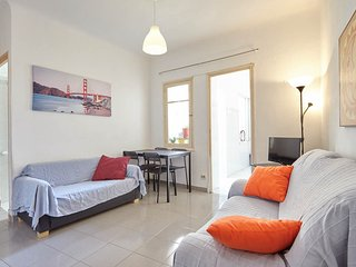 Air Conditioned, Quiet Flat in Central Alicante