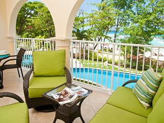 Family-Friendly Dover Beach Barbados Condo With Vibrant Aqua Sea Views
