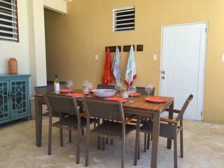 Outdoor dining, patio kitchenware included, see cabinet. Pool towels also provided.