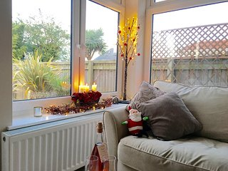 Holiday apartment in Dawlish close to beach & town